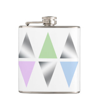 elegant clear silver triangles/diamons flask