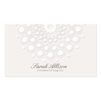 Elegant Cosmetologist White Salon and Spa Pack Of Standard Business Cards