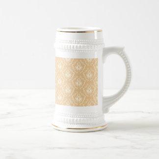 Elegant damask pattern. Beige and cream. Mug