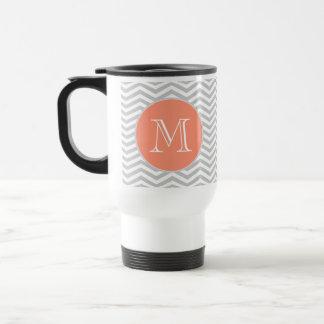 Elegant geometry of chevrón and monograma coffee mugs