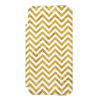 Elegant Gold Foil Zigzag Stripes Chevron Pattern Incipio Watson™ iPhone 5 Wallet Case