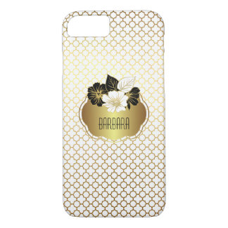 Elegant Gold on White Quatrefoil Pattern iPhone 8/7 Case