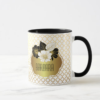 Elegant Gold on White Quatrefoil Pattern Mug