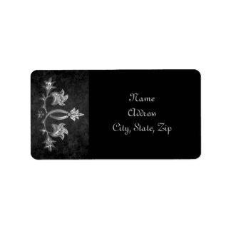 Elegant gothic dark romance wedding address label