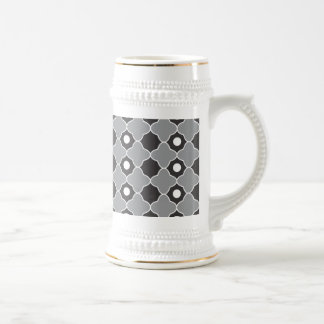 Elegant Gray Black And White Quatrefoil Pattern Coffee Mug