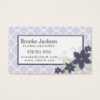 Elegant Lavender Quatrefoil Pattern with Flowers Business Card
