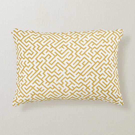 Elegant Maze Modern Art - Gold & White Decorative Cushion