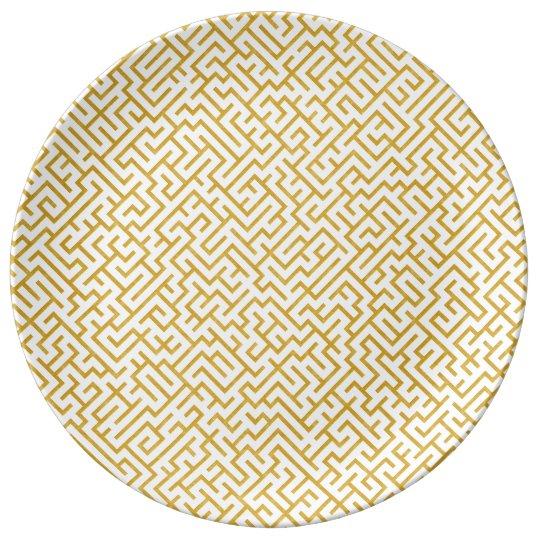 Elegant Maze Modern Art - Gold & White Plate