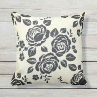 Elegant-Retro-1940's-Era-Black-Cream-Roses Outdoor Cushion