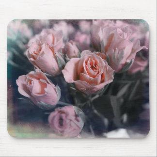 Elegant Rose Bouquet Mouse Pad