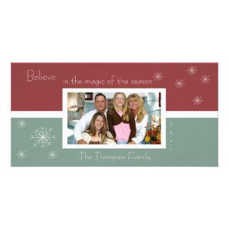 Elegant Snowflake Photo Card (red-green)