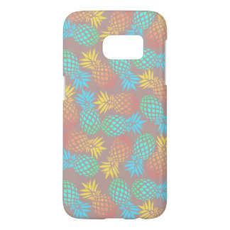 elegant summer tropical colorful pineapple pattern