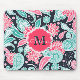 Elegant trendy paisley floral pattern illustration mouse pad