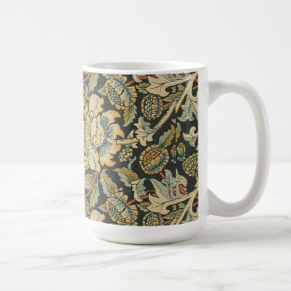 Elegant Vintage Floral Mug