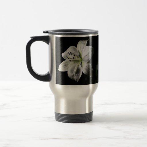 Elegant White Lily Travel Mug