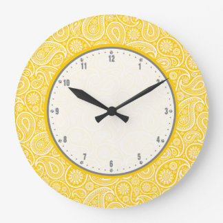 Elegant Yellow And White Vintage Paisley Pattern Wall Clock