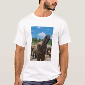 Elephant drinking water, Sri Lanka T-Shirt