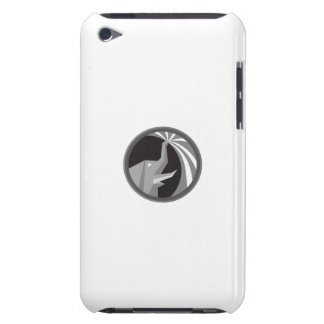 Elephant Spraying Water Mist Circle Retro iPod Touch Case-Mate Case