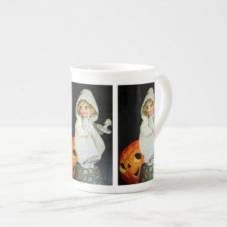 Ellen H. Clapsaddle: Little Girl with Candle Bone China Mug