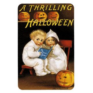Ellen H. Clapsaddle: Thrilling Halloween Rectangular Photo Magnet