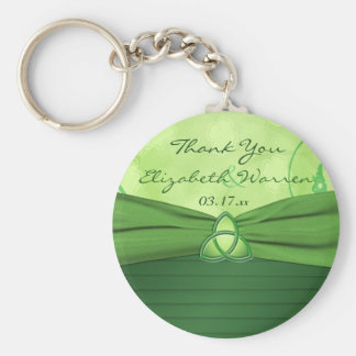 Emerald Green Celtic Love Knot Wedding Favor Basic Round Button Key Ring