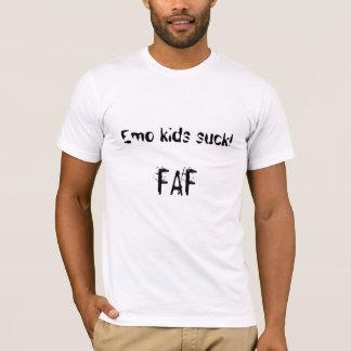 Emo kids suck! T-Shirt