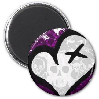 Emo Loveheart 6 Cm Round Magnet