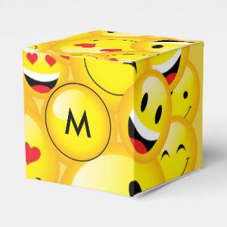 Emoji Party Smiley Emoticon Faces Pattern Favour Box