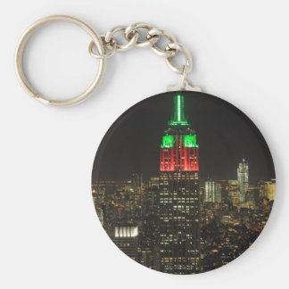 Empire State Building Christmas Colors at night 01 Basic Round Button Key Ring