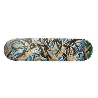 En noir et brun - skateboards customisés