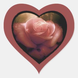 Endure antique rose heart sticker
