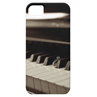 Engagement Piano Keys iPhone 5 Cover