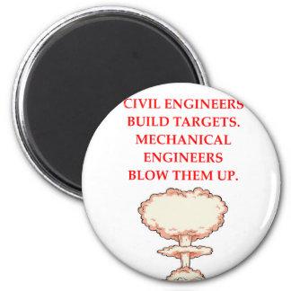 ENGINEER 6 CM ROUND MAGNET