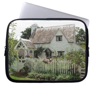 English Cottage Laptop Sleeve