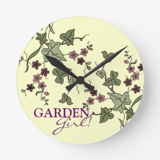 English Ivy Round Clock