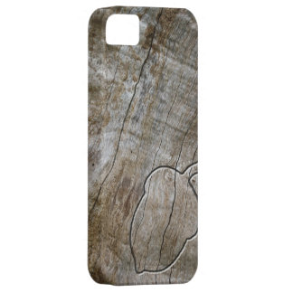 Engraved effect acorn on wood iPhone 5 cover