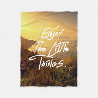 """""""Enjoy the little Things""""  Quote Sunset Sea View Fleece Blanket"""