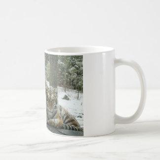 ENJOY THE SNOW COFFEE MUG