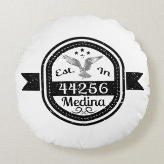 Established In 44256 Medina Round Cushion