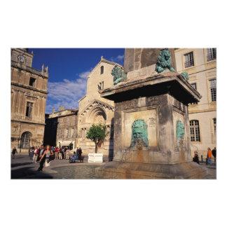 EU, France, Provence, Bouches-du-Rhone, Arles. Photo Art