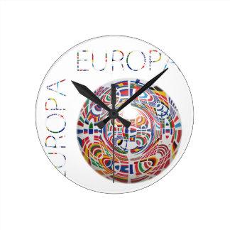 Europa ! round clocks