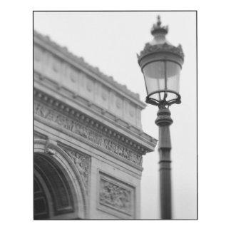Europe, France, Paris. Arc de Triomphe and