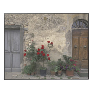 Europe, Italy, Tuscany, Chianti, Tuscan doorway