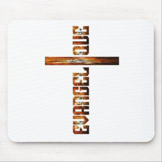 Evangélique en croix aspect braise mouse pad