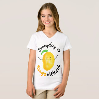 Everyday is Mango nificent - Girls' V-neck Tshirt