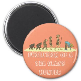 Evolution of the Sea Glass Hunter 6 Cm Round Magnet