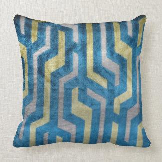 Exquisite Elegant Throw Pillow