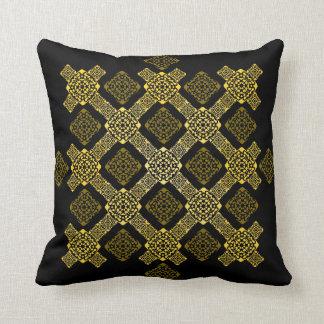 f gold diagonal cushion