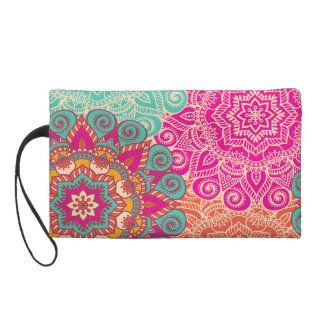 Fabulous Little Wristlet adorning 2017's new color