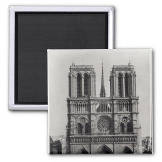 Facade of Notre-Dame, Paris, late 19th century Square Magnet